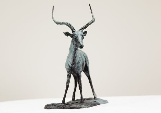 "Sculpture of Liouba Wildenstein,""Impala"",2004,photographe Vladimir Sychov"