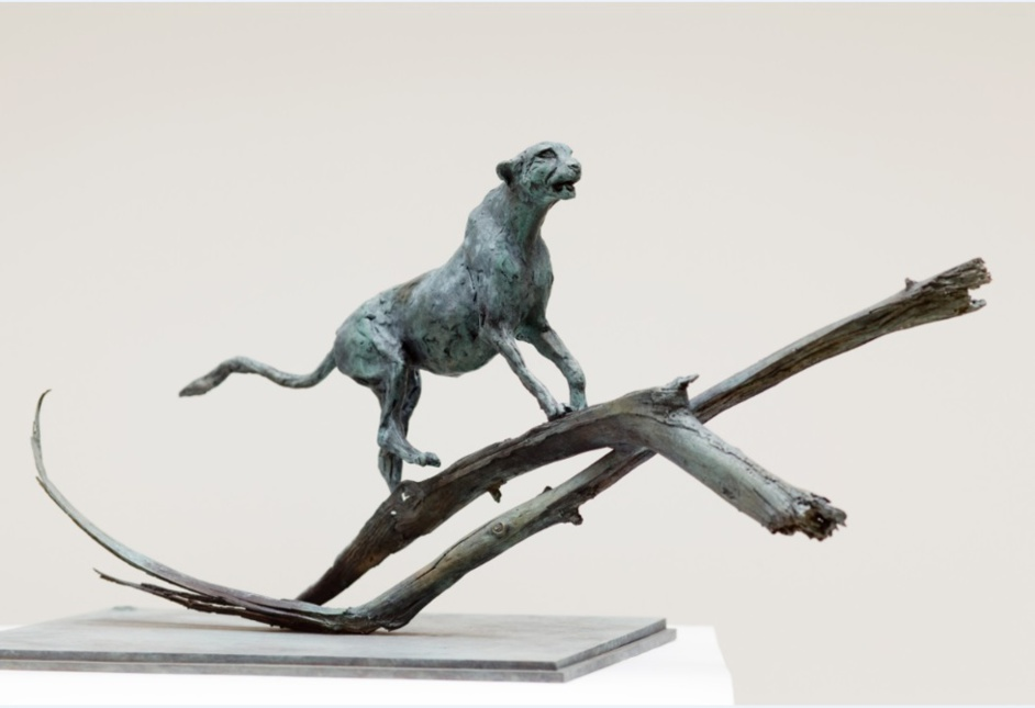 "Sculpture of Liouba Wildenstein,""Guépard"",2007,photographe Vladimir Sychov"